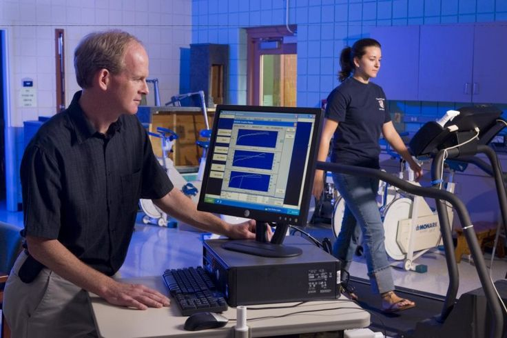 Exercise, even a small amount, can help alleviate symptoms of ADHD in adults, according to a new study. About 6 percent of American adults report symptoms consistent with attention deficit hyperactivity disorder, or ADHD, which lead to anxiety, depression, low energy and motivation, poor performance at work or school and also increased traffic accidents.