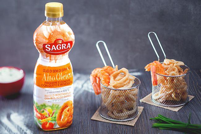 Il fritto misto di calamari e gamberi è un secondo piatto di mare classico, spesso proposto durante le feste riscuotendo grande successo!