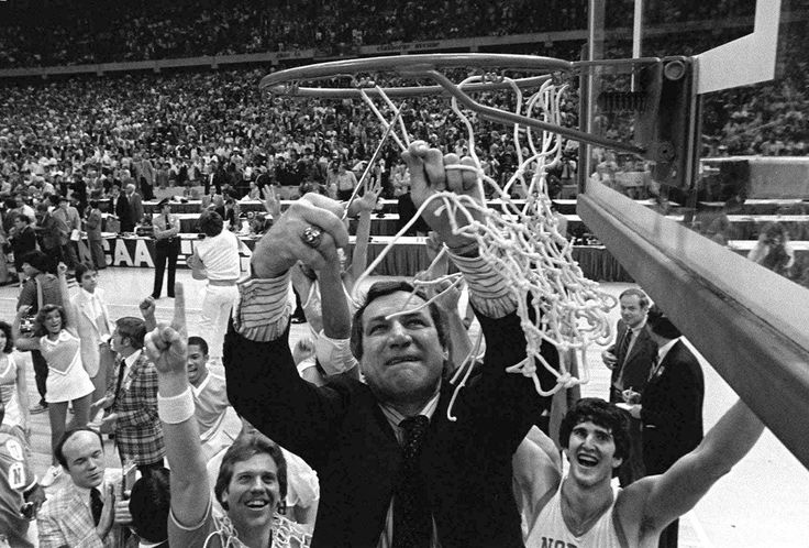 North Carolina coaching great Dean Smith dies at 83 - Portland ...