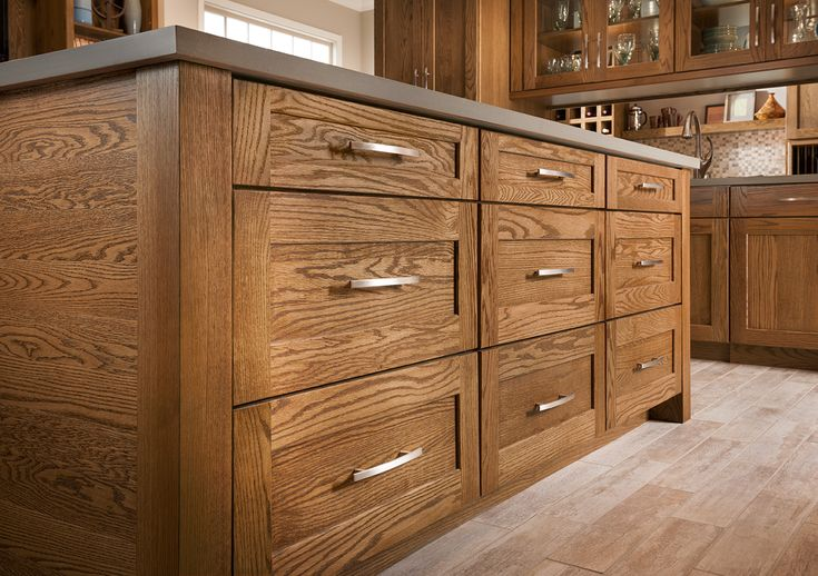 Shenandoah Cabinetry Island In Oak Tawny Mission Door
