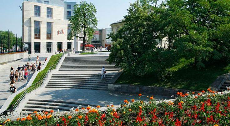 NOK873 Andel's by Vienna House Cracow er et moderne 4-stjernershotell som kun ligger 9 minutters gange fra stortorget i Kraków.