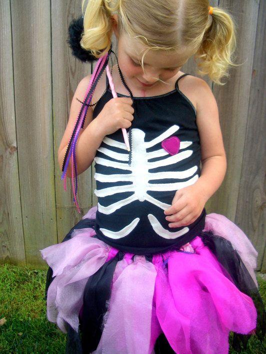 Vestiti di halloween fai da te... lo scheletro! #halloween
