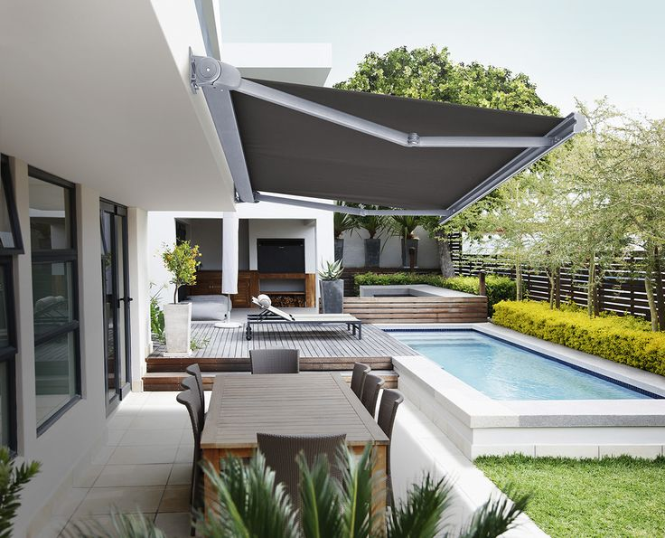 The Nisse is a compact sized, full cassette awning that is designed to be unobtrusive. It is capable of covering an area 5m wide and 3.5m in projection, making the Nisse Awning a versatile and modern addition to your exterior. #luxaflexaus #luxaflexnewyearsale #awning #nisseawning