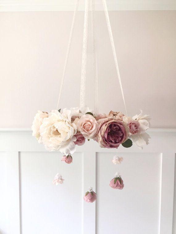 Malva y blush vivero flor móvil móvil de cuna móvil por RosyRilli