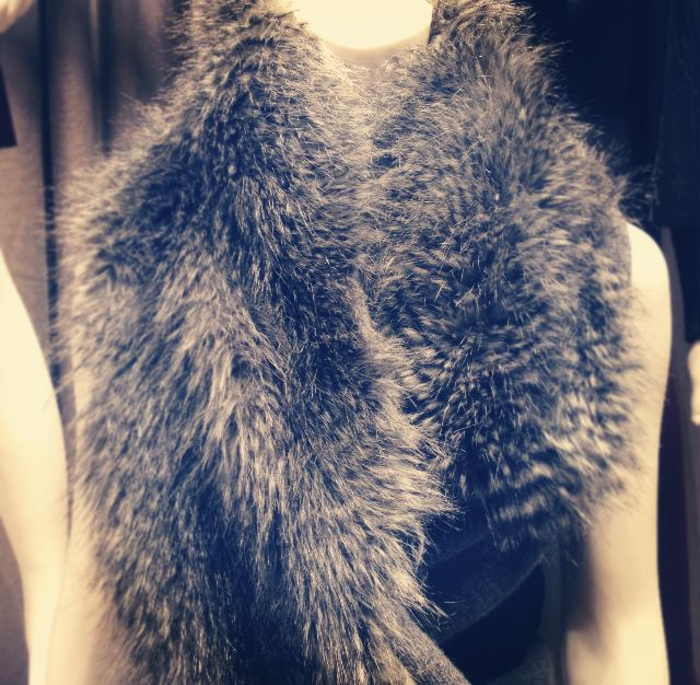 Long Scarf With Faux Fur - Kenneth Cole