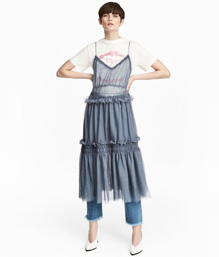 28 Luxe Ways To Wear Tulle This Spring+#refinery29