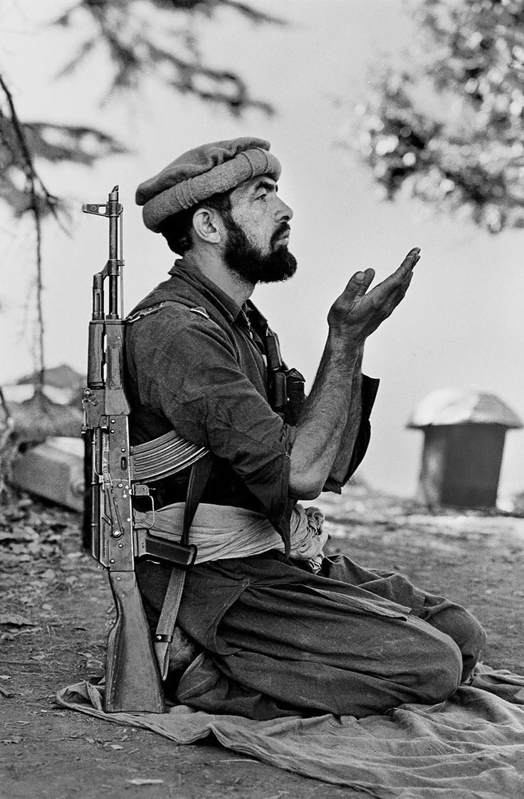 Silent Language of Hands | Steve McCurry - Kunar province, afghanistan