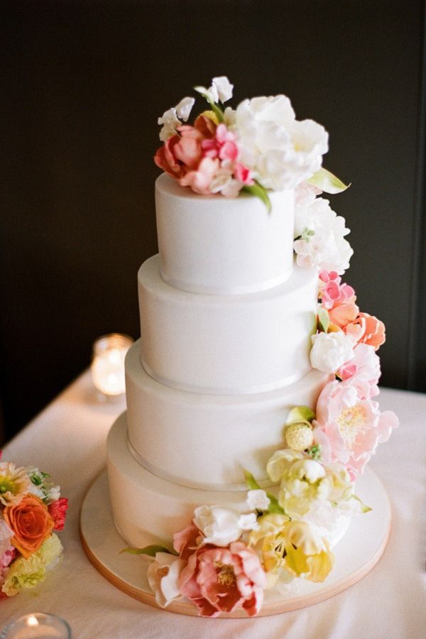 wedding cake with flowers cascading 78 images about wedding cake on cake with 26879