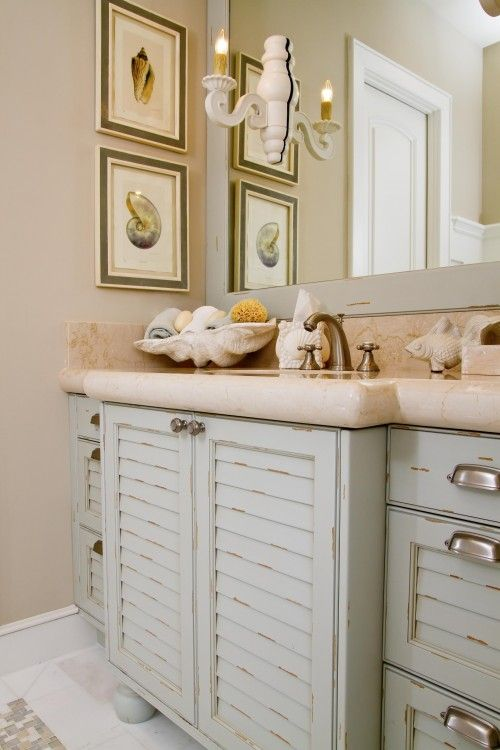 how I adore these cabinets!