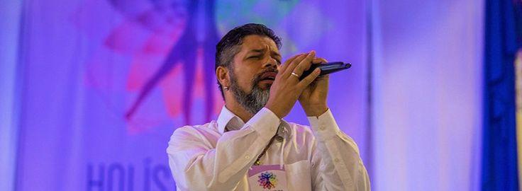 Música espiritual e canalizada: A música emite uma frequência elevada em nosso campo energético. Conheça mais sobre Robert Coxon e os efeitos do som; Stekel, e seu método de codificação/decodificação de sons a partir de palavras hebraicas, nomes divinos, nomes angélicos ou palavras cabalísticas de poder. Conheça também Canalização musical ou música espontânea de Paulo Stekel.Veja mais em: http://guiadaalma.com.br/musica-espiritual-e-canalizada/