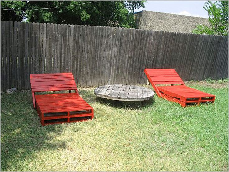 Decorating , DIY Wood Pallet – 20 Creative Furniture Idea : Pool Chairs From Wood Pallets