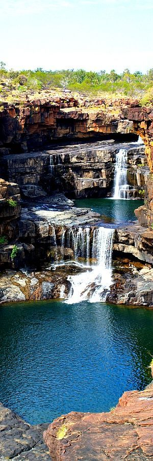 40.Mitchell Falls, Australia Mitchell Falls is a 25-foot (7.6 m) waterfall located in Yancey County, North Carolina on the slope of Mount Mitchell, the highest mountain in the Appalachian Mountain chain and highest point in the eastern United States. The falls, the mountain and its related state park are named for Elisha Mitchell, a professor …