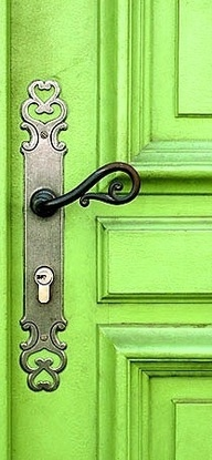 Fill in the blank Word - Green. #greenworksgames #sponsored Gorgeous green & ornate doorhandle.