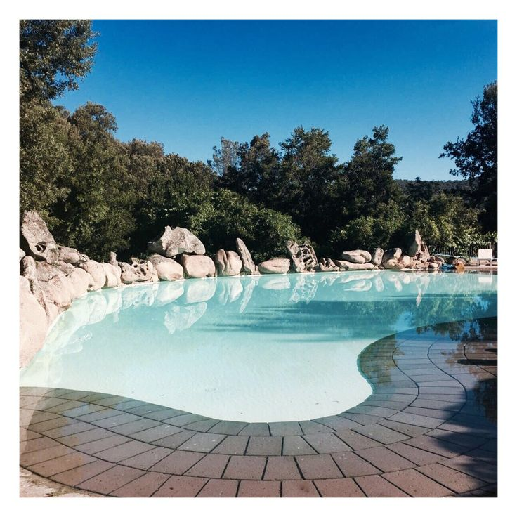 Sardinië. Beautiful pool at L'Agnata di d'André. #moositravel #italy #pool