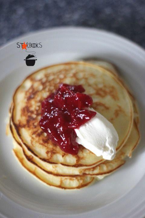 Pancakes di ricotta con salsa di susine