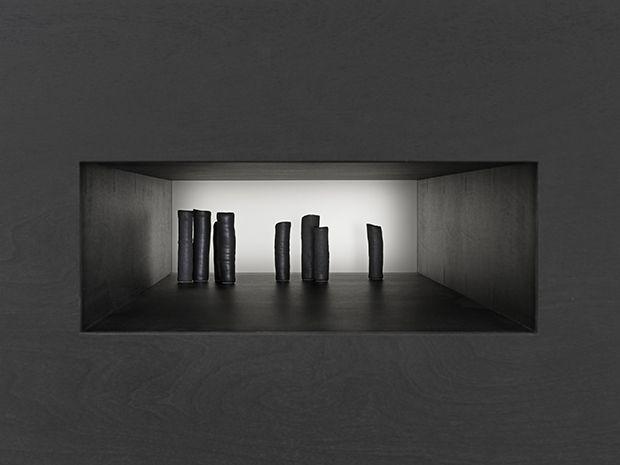 Irrkunst (detail) 2016 by Edmund de Waal. Courtesy of the artist und Galerie Max Hetzler, Berlin / Paris, Photo: Mike Bruce