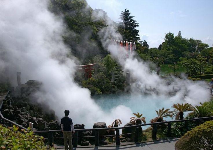 Île de Kyushu ville de Beppu, + de 800 sources d'eau pouvant aller jusqu'à 98°c