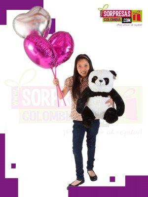 PANDA ENCANTADOR Sorprende con este especial peluche gigante que enamorara una vez mas a esa persona especial. Visita nuestra tienda online www.sorpresascolombia,com o comunicate con nosotros 3003204727 - 3004198