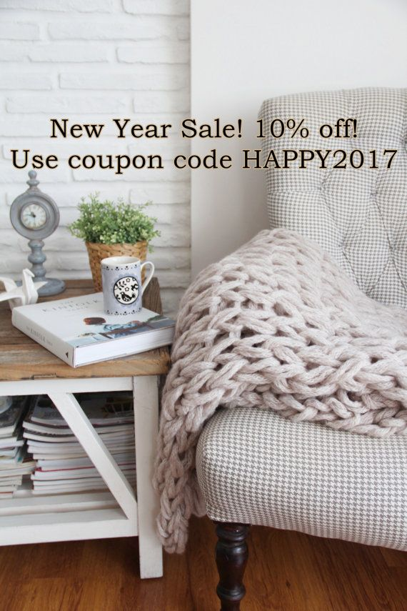 New Year Sale! All blankets 10% off! Chunky Knit Blanket Chunky Knit Throw Lap by theknittherapy