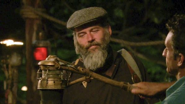 SURVIVOR WORLDS APART Ep 11: Dan For Finale - http://movietvtechgeeks.com/survivor-worlds-apart-ep-11-dan-for-finale/-Survivor Worlds Apart was more relaxing as Mike said the previous tribal council was fun for him because it allowed him to break up a strong alliance. Dan said that everyone wanted Mike gone because he was selfish and self-centered.