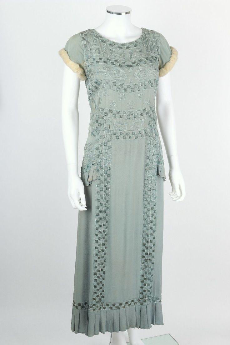 винтажный редкая начала 1920-х светло голубой вышитый бисером шелковое вечернее платье горностай меховая отделка