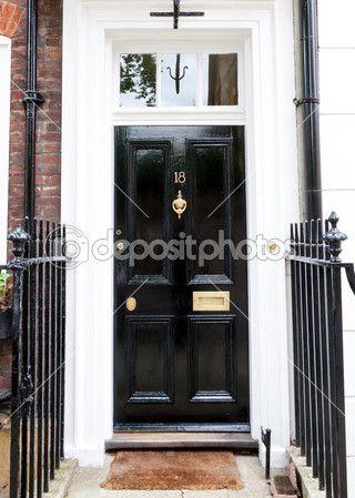 Traditionelle englische viktorianische Haustür — Stockbild #38308155