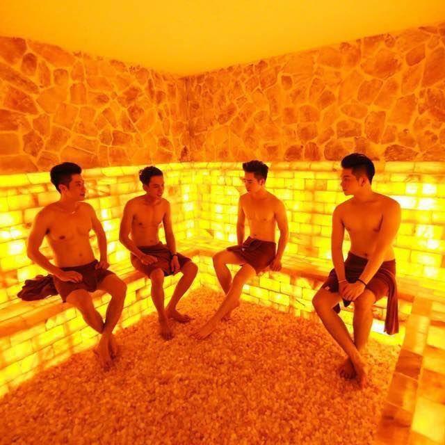 Gay Sauna Guide