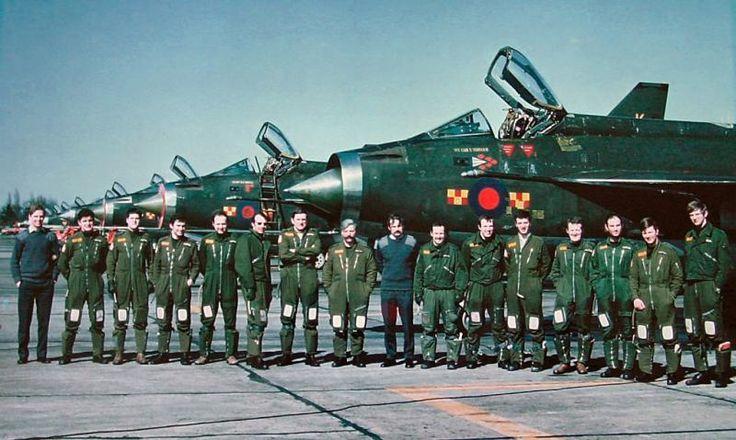 92 Squadron aircrew at RAF Gütersloh, 1977