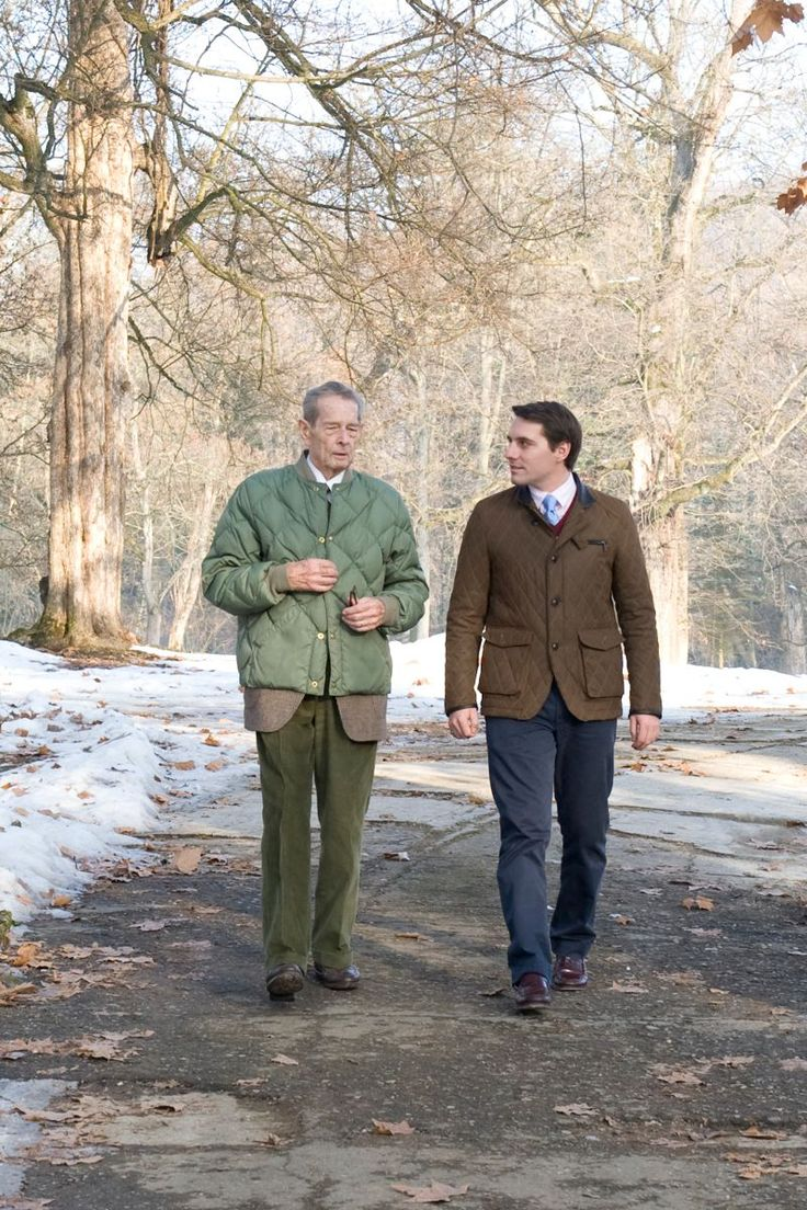 Grandfather and grandson, King and heir - at Săvârșin Royal Domain; foto: Daniel Angelescu