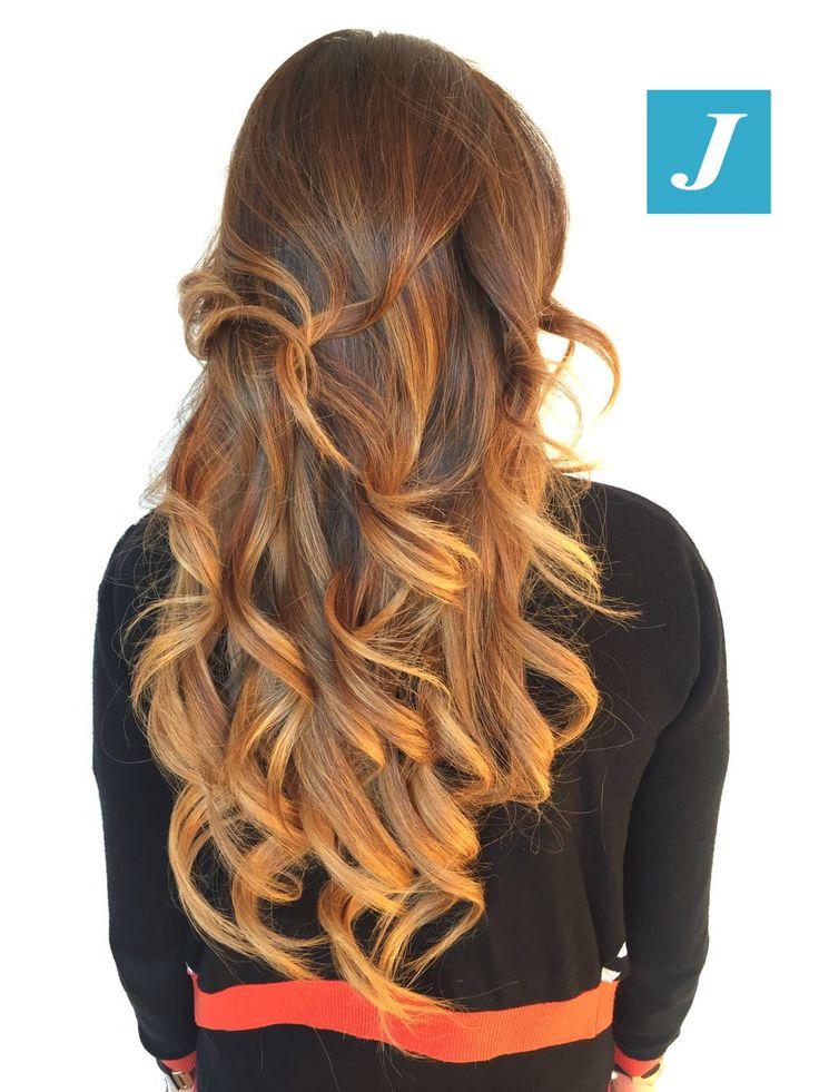 Non abbiamo bisogno di filtri, basta il Degradé Joelle! #cdj #degradejoelle #tagliopuntearia #degradé #igers #musthave #hair #hairstyle #haircolour #longhair #ootd #hairfashion #madeinitaly #wellastudionyc
