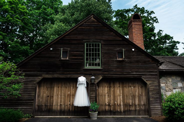 Rustic Outdoor Barn Wedding in Easton, Connecticut | Elyse Jankowski Photography