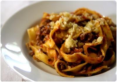 Pasta Bolognese - Pâtes fraîches à la bolognaise (version express) - Tasca da Elvira