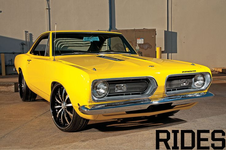 1968 Plymouth Barracuda http://www.musclecardefinition.com/