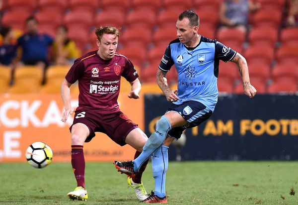 Luke Wilshire Photos - Luke Wilshire of Sydney passes the ball during the round 15 A-League match between the Brisbane Roar and Sydney FC at Suncorp Stadium on January 8, 2018 in Brisbane, Australia. - A-League Rd 15 - Brisbane v Sydney