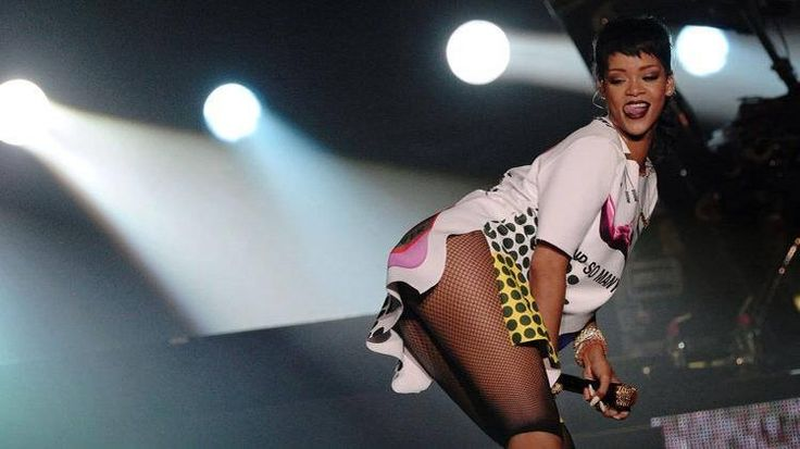Rihanna dressed in Raf Simons for her concert at Singapore Grand Prix last night