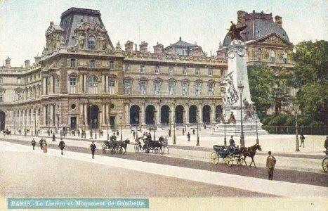 Paris, le Louvre en 1900.