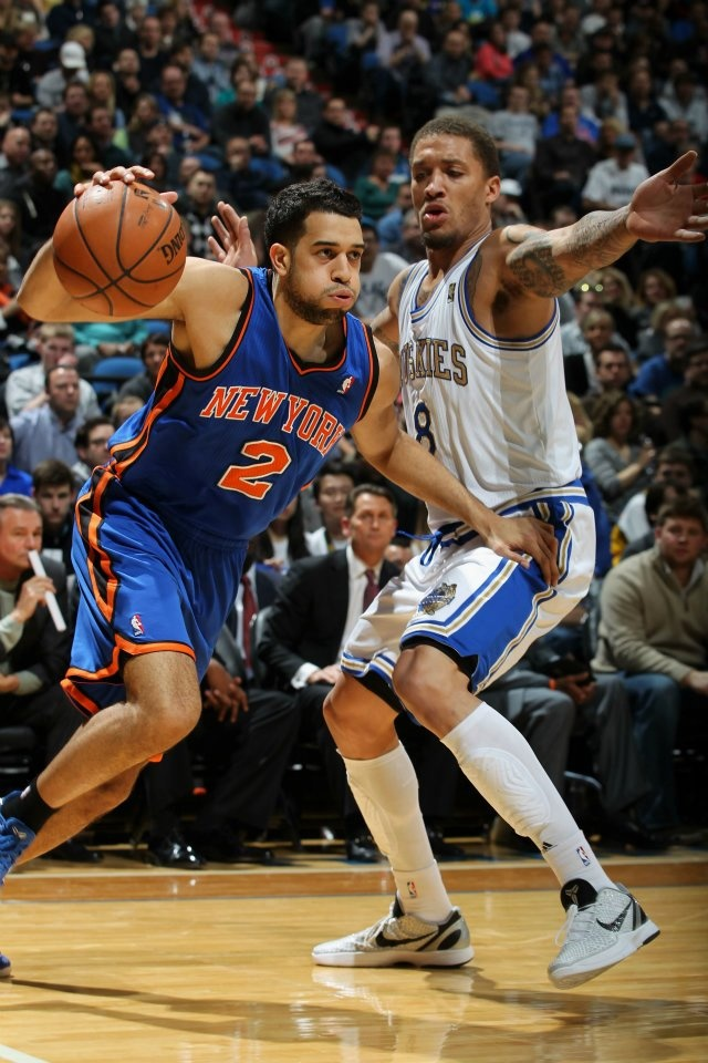 Landry Fields #2 of the New York Knicks drives to the basket