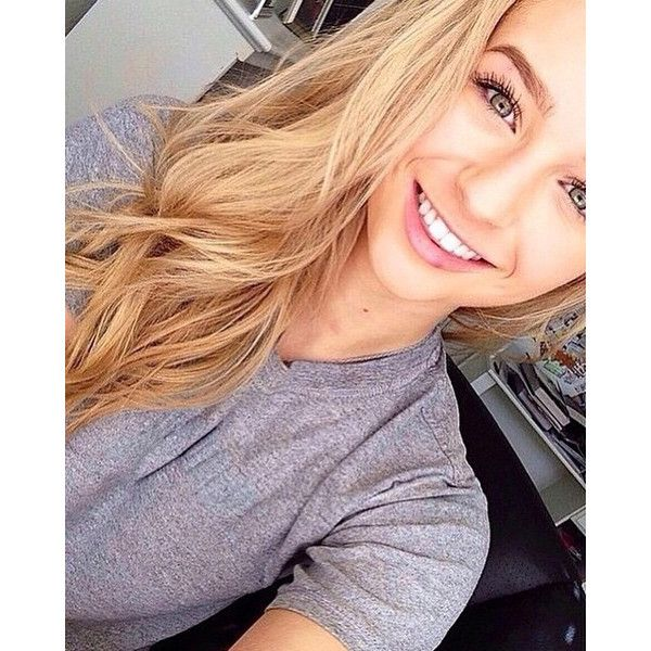 Very Cute Blonde Teen