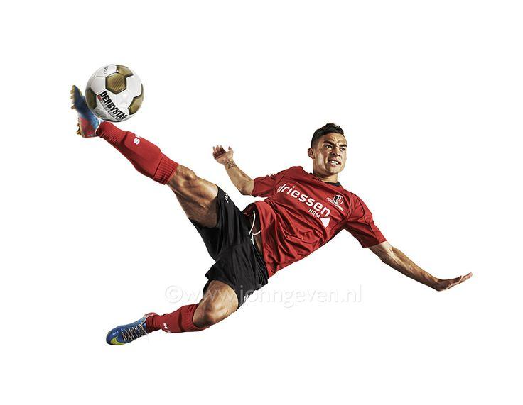 Soccer player Voetbalspeler Helmond Nederland Netherlands actiefoto kick football sport