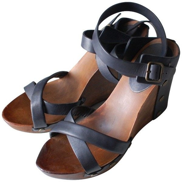 Pre-owned See by Chloé Navy Wedges ($120) ❤ liked on Polyvore featuring shoes, sandals, blue, navy sandals, wedge shoes, navy wedge shoes, navy blue sandals and navy blue wedge sandals