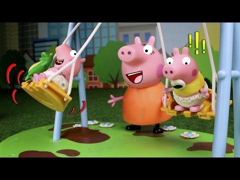 Peppa Pig Juguetes en Español #11  George pierde su globo en el parque de atracciones - YouTube