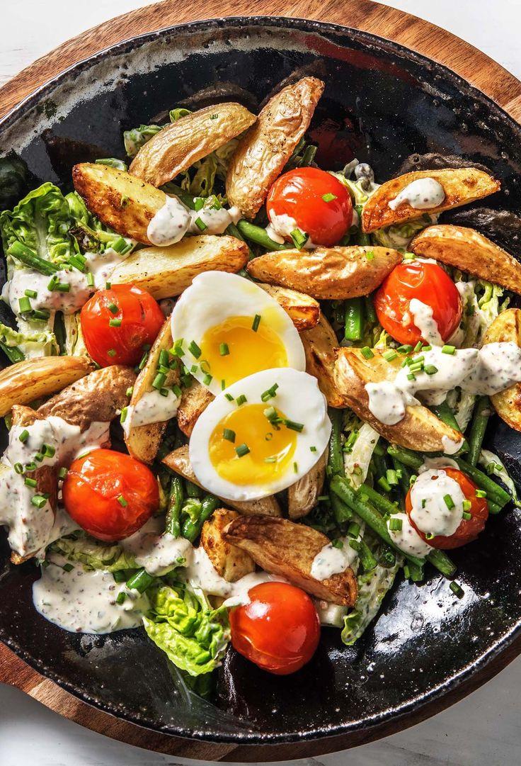 Feiner Kartoffelsalat nach Nicoise Art mit Kapern, grünen Bohnen und Eiern