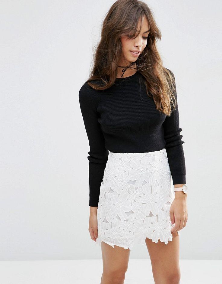 les 25 meilleures id es concernant mini jupes en dentelle sur pinterest mini jupes mini jupes. Black Bedroom Furniture Sets. Home Design Ideas