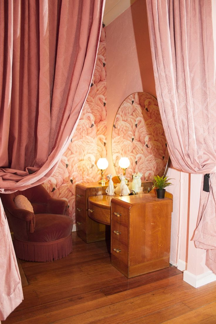 Maison Burlesque | Burlesque Boudoir and Studio based in Melbourne, Australia. Flamingo Room hollywood boudoir nook with vintage dressing table and flamingo wallpaper.