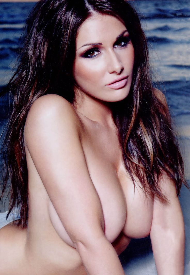 Lucy Pinder sexy
