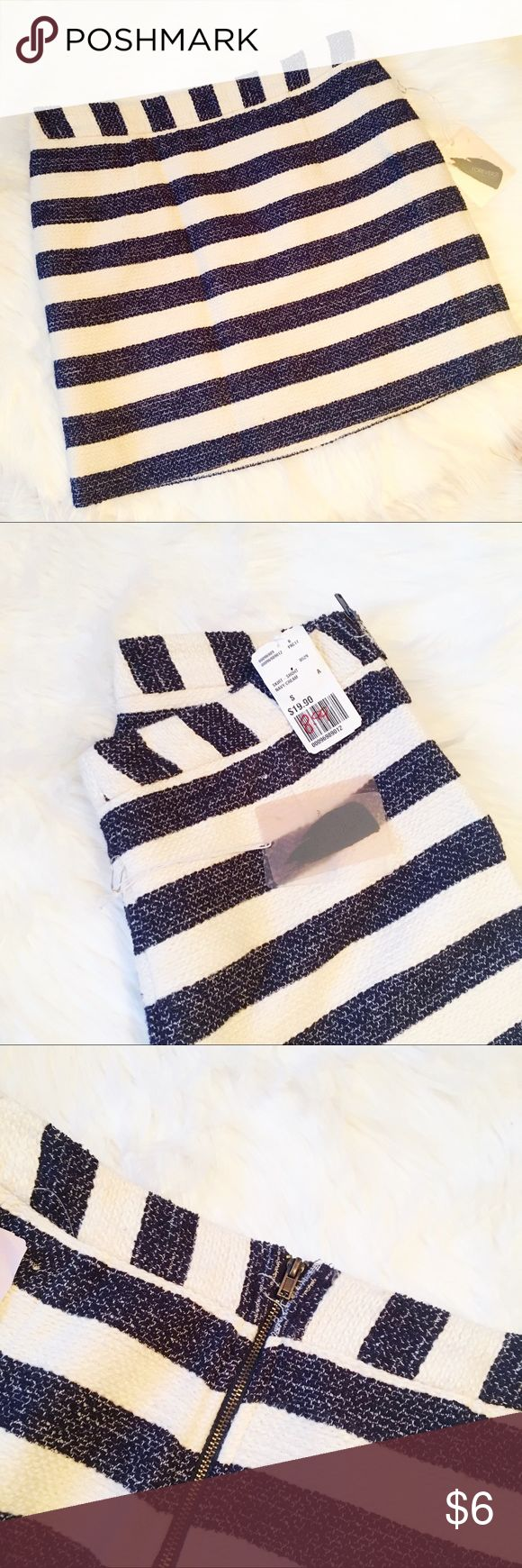 Striped skirt! Cream and navy striped skirt! New with tags! Forever 21 Skirts Mini