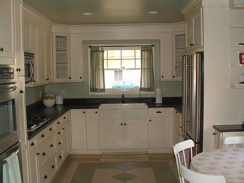 Cream Kitchen Cabinets And Backsplash