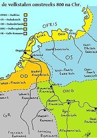 Volksktalen Deze woorden laten zien dat het Engels en het Fries gezamenlijk klankontwikkelingen hebben ondergaan die anders waren dan die in het Nederlands. Taalkundigen dateren deze gezamenlijke klankontwikkelingen tot een periode vlak voor 500 na Christus. Toen woonden de voorouders van de Engelsen en de Friezen samen in Noord-Duitsland en Denemarken.