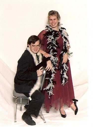 25 Most Awkward Prom Photos