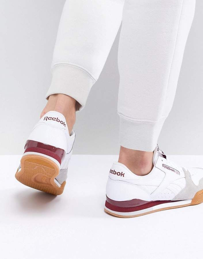 Pro Sneakers In White And Red